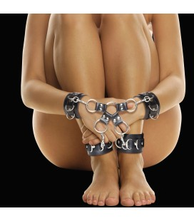 ALGEMAS PARA OS PULSOS E TORNOZELOS OUCH! LEATHER HAND AND LEG CUFFS PRETAS